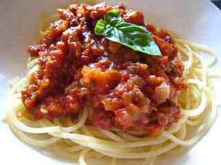 トマト&ミートソースのパスタ.jpg